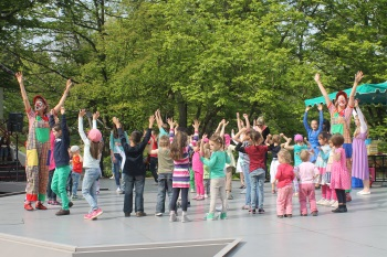 Clownprogramm auf der Seebühne im Luisenpark Mannheim