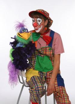 Clown Julchen mit Fantasievogel Alexander